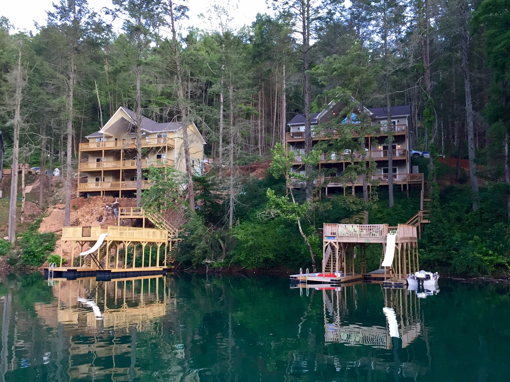 SOUTHERN COMFORT I and II on Norris Lake Rent Our Lake House llc